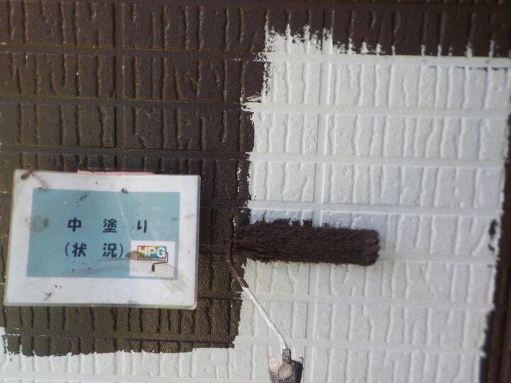中塗り(1階部分)